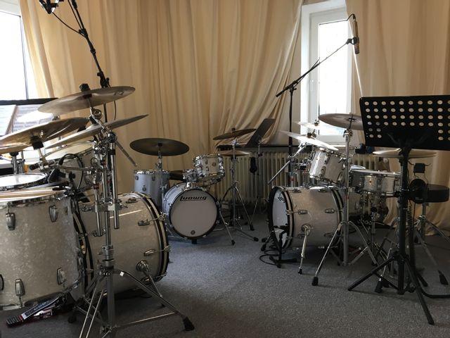 Schlagzeugunterricht in D-Lohausen gegenüber ALDI Für Kinder ab 7 J.