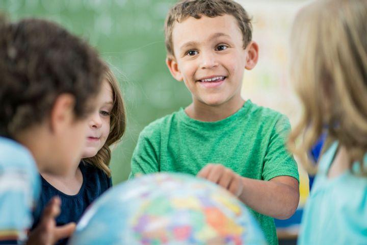 Weltreise für Kinder ONLINE: lernen, entdecken, tanzen, basteln,...