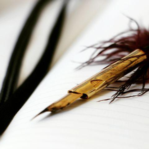 ONLINE-KURSE: Zu Deiner eigenen Charakterhandschrift in 5 Schritten